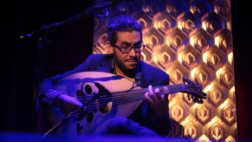 The Syrian musician Mohannad Nasser at the Mina-Festival.