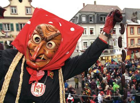 Wooden masks at Swabian-Alemannic <i>Fastnacht</i>