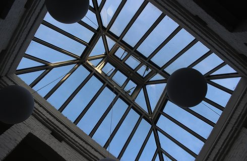 The atrium roof – you can gaze up at the sky from the work stations on the gallery.