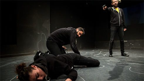Tense mood – the play compiles intensively researched facts, police reports and politicians' statements.