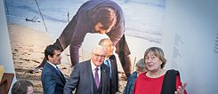 Federal President Frank-Walter Steinmeier and Claudia Hahn-Raabe, director of the Goethe-Institut Lisbon.