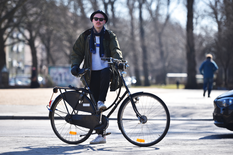 """I like cycling and ride my bike year-round. Uncharacteristically for Berlin, I don't have anything against drivers, and I'm otherwise quite even-tempered, too."""