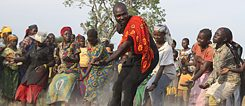 Taigué Ahmed dancing with refugees in Chad