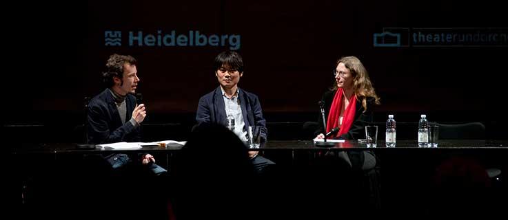 Der Autor Yanggi Yi im Gespräch beim Heidelberger Stückemarkt 2018.