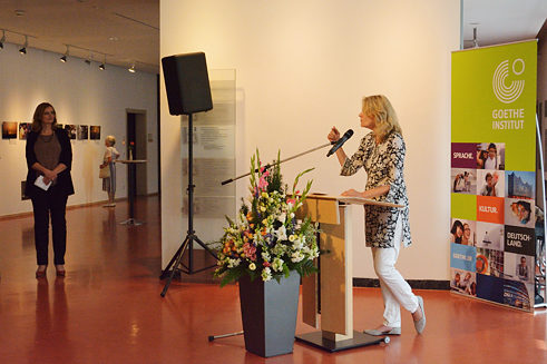 Beata Weber during the opening of the exhibition at the Stuttgart Town Hall.