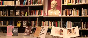 Die Bibliothek am Goethe-Institut New York