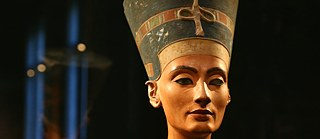 Egypt has challenged Germany's claim to the bust of Nefertiti on display in Berlin.