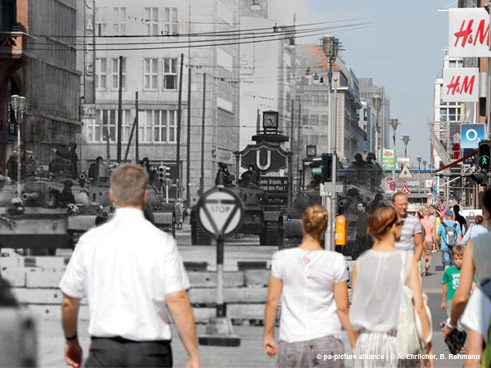 Checkpoint Charlie 1961/2015, Montage