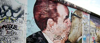 """Fraternal Kiss"" at East Side Gallery Berlin"