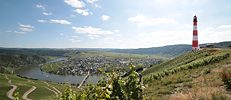 <a href=&#x22; https://www.flickr.com/photos/47259373@N02/14472638991&#x22;target=&#x22;_blank&#x22;>&#x22;2014 06 21 Leuchtturm an der Mosel 2&#x22;</a> by <a href=&#x22;https://www.flickr.com/people/47259373@N02&#x22;target=&#x22;_blank&#x22;>Mark Strobl</a> is licensed under <a href=&#x22;https://creativecommons.org/licenses/by/2.0/CC BY 2.0&#x22;target=&#x22;_blank&#x22;>CC BY 2.0</a>