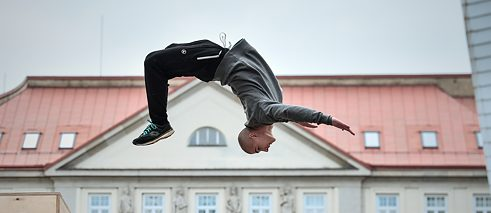 How about physically interacting with a historical building? Could heritage parkour be a new form of cultural mediation?