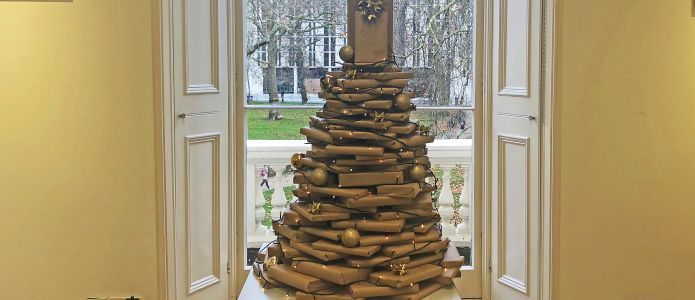Goethe-Institut London Library Christmas Tree 2