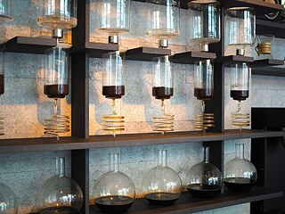 Cold drip coffee (one drop per second)