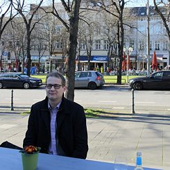 Pendant l'interview à Bonn