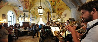 Musicians at Hofbräuhaus