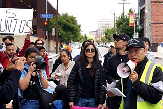 "Teilnehmer an dem ""Chinatown Is Not For Sale"" Protestmarsch in Los Angeles, Mai 2019"