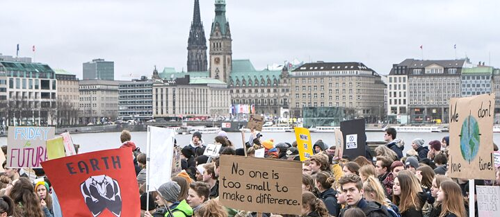 Students in Hamburg skipping school to take part in Fridays-for-Future protests