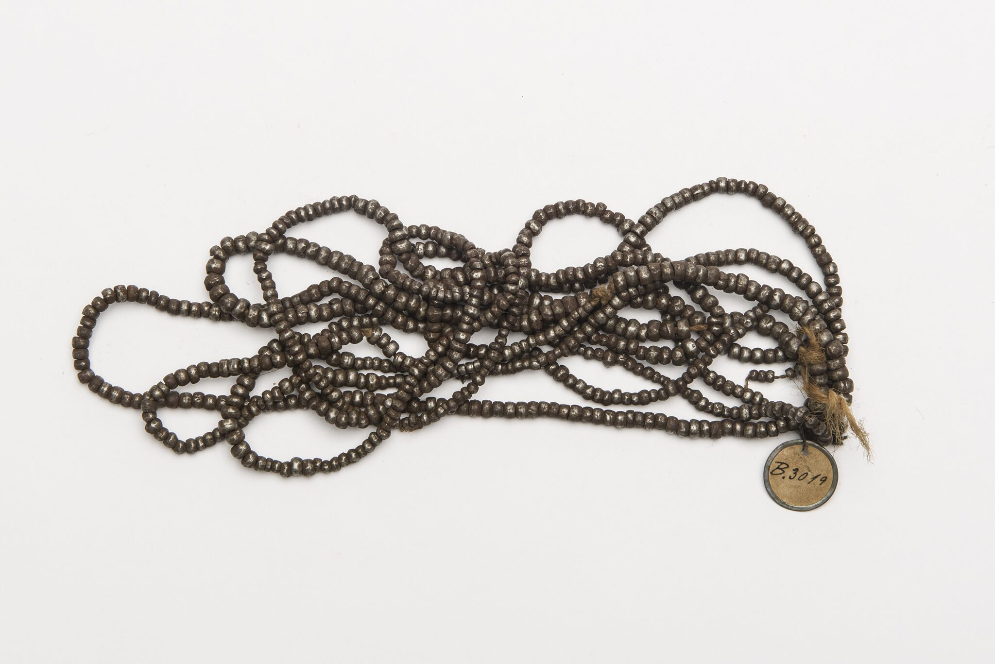 Iron Beads, Hälbich Collection