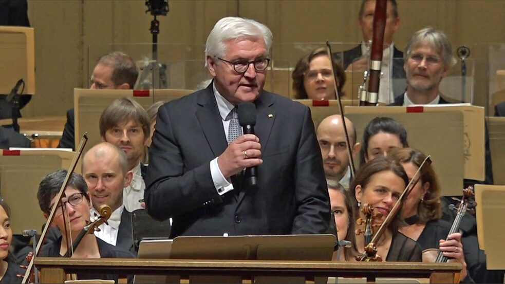 Bundespräsident Frank-Walter Steinmeier in der Boston Symphony Hall.