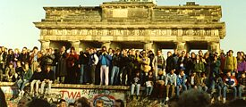 On the border: Berlin, 10 November 1989, Brandenburg Gate