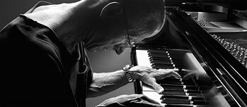 The label's own musical language allowed ECM to sign international stars like pianist Keith Jarett.