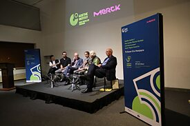 Diskussion beim Merck-Tagore Award