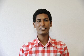 "In his book ""Hope in the heart, freedom in mind"" Zekarias Kebraeb tells the unimaginable story of his flight from Eritrea to Germany. He was only seventeen when he fled from the domestic military dictatorship, and his odyssey to Europe lasted four years. The journey took him through Sudan, across the Sahara to Libya and from there across the Mediterranean - a true hellish trip, full of danger and privations, where it was completely uncertain whether and how Zekaria's Kebraeb would survive the escape."