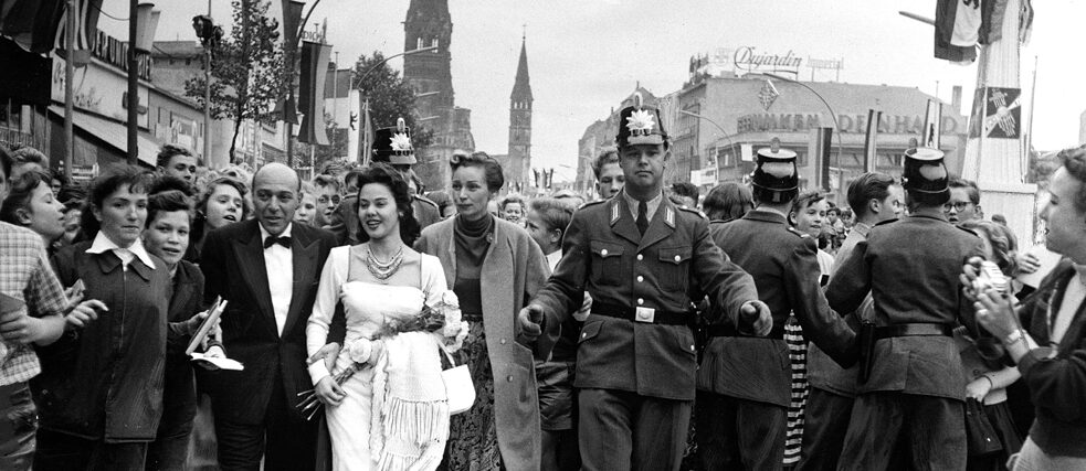 Film actress Magda Kamel on the Kurfürstendamm during the Berlin Film Festival 1951.