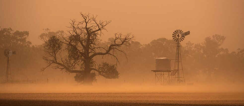 It's nice that the world is getting warmer, right? A sandstorm in Australia.
