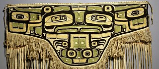 estitution? From the North America Collection of the Museum Fünf Kontinente in Munich: Chilkat apron of the indigenous Tlingit from the northwest coast of America, period of origin: around 1800 to 1850