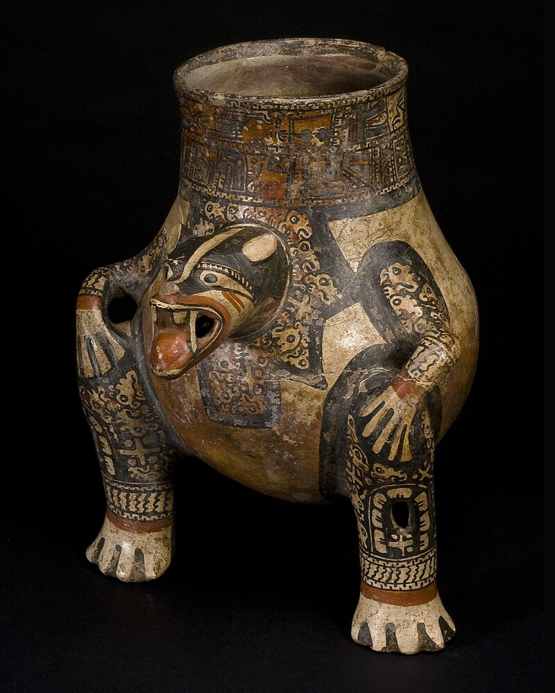 Restitution? From the South America collection of the Museum Fünf Kontinente in Munich: Ceramic vessel in the shape of a jaguar from Guanacaste (Costa Rica), made between the 8th and 13th centuries