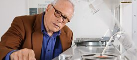 The long-time chief designer at Braun, Dieter Rams, designed a number of timeless classics – from record players to pocket calculators.