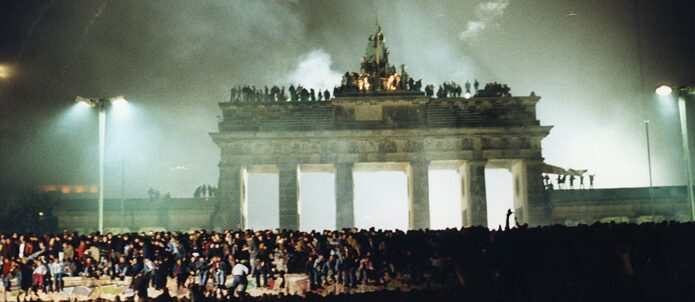 New Year's Eve celebration '89 at the Brandenburger Tor