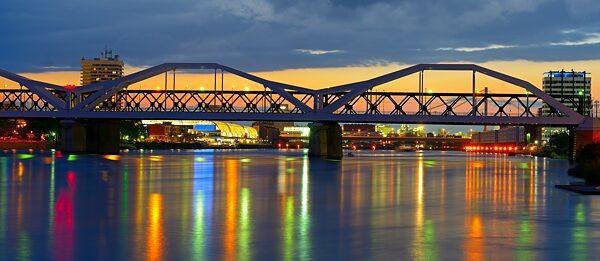 Die Brücke nach Ludwigshafen
