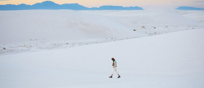 'Wanderlust' in the White Sands National Park New Mexiko