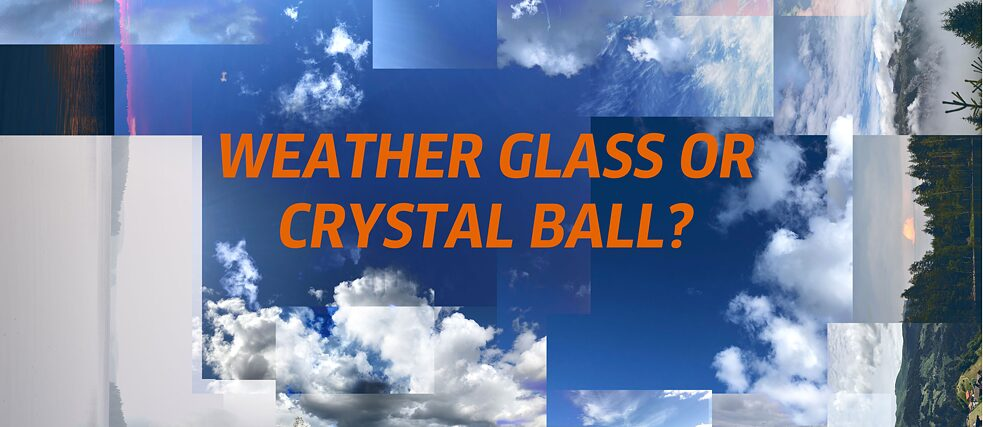 WEATHER GLASS OR CRYSTAL BALL